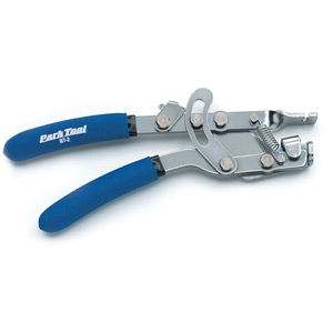 BT-2 - Fourth Hand Cable Stretcher With Locking Ratchet