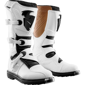 Blitz boot S14 white US size 8 (UK size 6)